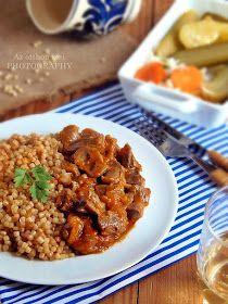 A pörköltek vitathatatlanul fő rangsort foglalnak el a magyar konyha palettáján. A hagyományos húsos pörkölteke...