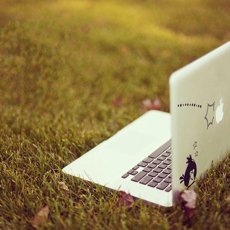 #decal #macbook #apple #vinyl #stickers #macstickers #consolle #applemac #decalmacbook #games #play