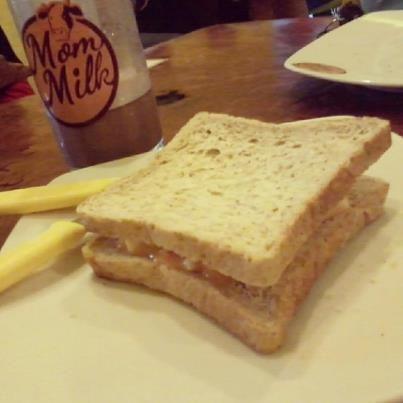 """super"" bread from mommilk -___-"