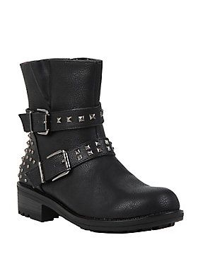 "<p>Black faux leather ankle boot with buckle straps, stud detailing & side zipper closure. True to size.</p>  <ul> 	<li><span id=""bullet0"">Man-made materials</span></li> 	<li><span>Imported</span></li> 	<li><span>Listed in women's sizes</span></li> </ul>"