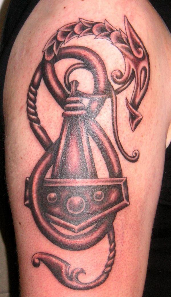 Les 142 meilleures images du tableau valkyrie tattoo sur pinterest citation id es de - Tatouage rune viking ...