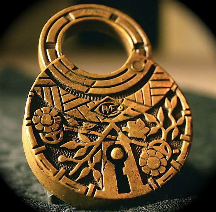 244 Best Lock It Pad Locks Images On Pinterest Lever