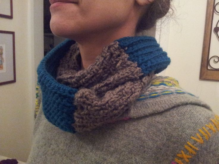 two colour and two different stiches scarf