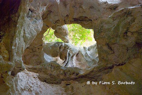 Oliena (NU), 2014, La Valle di Lanaitho: i sentieri per la Grotta Sa Oche.