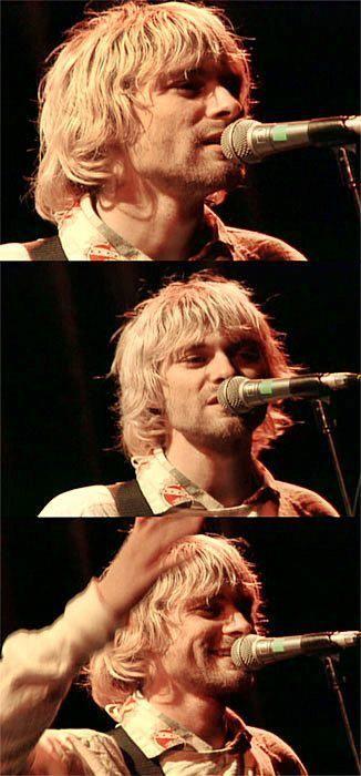 Kurt Cobain, remember that video!♥ Love he's smile :)