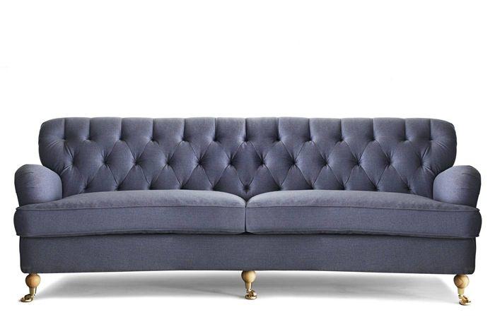 Barkley svängd 3-sits soffa i tyg Troy blå från Mio.