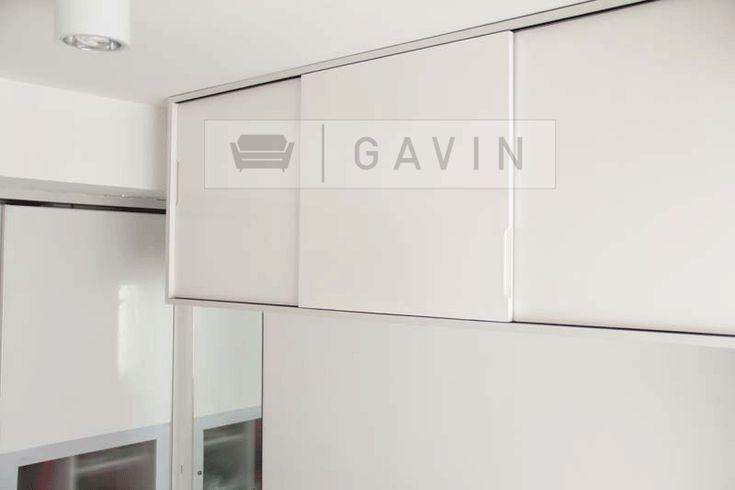 Hanging-Closet-minimalis-gavin.gif 800×533 pixels