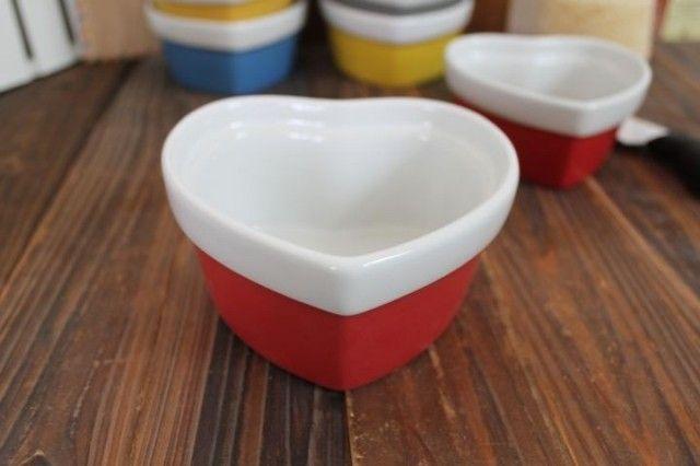 Красочные в форме сердца керамическая формы торт керамические порционный горшочек керамическая чаша пудинг мороженое запеченный рисовый пирог кубок керамическая формы для выпечки купить на AliExpress