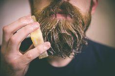 Como transformar sua barbinha numa senhora barba de respeito!