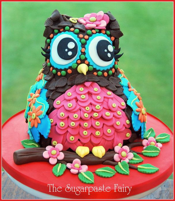 My son said he wanted me to make a 'rainbow owl', so here's my take! Red velvet cake, with cream cheese buttercream, covered in chocolatey sugarpaste. Happy Valentines Day! <3
