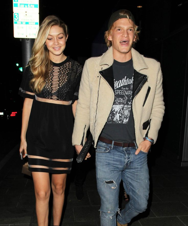 Who does cody simpson dating