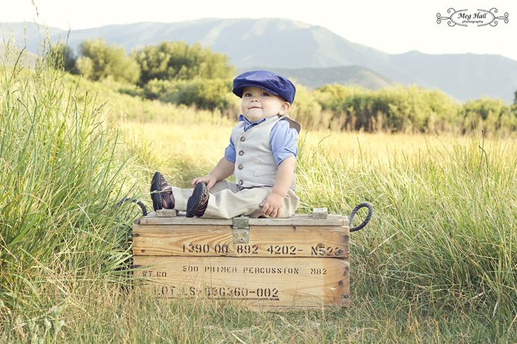 First Birthday Picture; Little Boy Photography