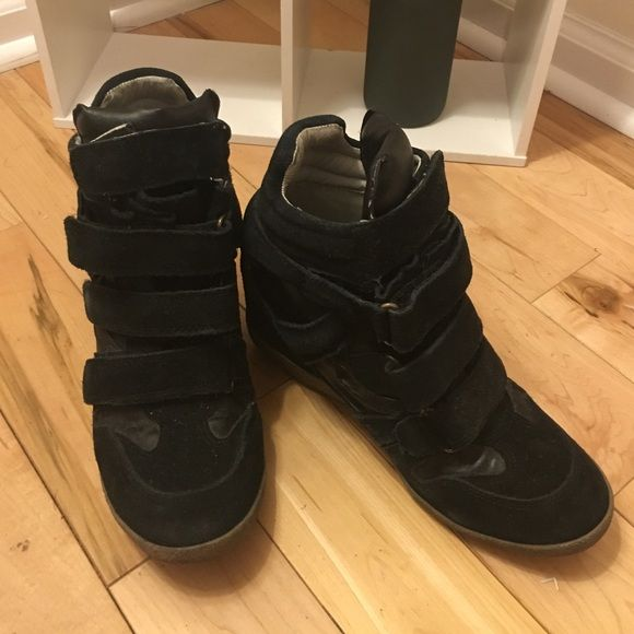 Steve Madden sneakers Used wedge sneakers, good condition with some wear on the exterior Steve Madden Shoes Sneakers