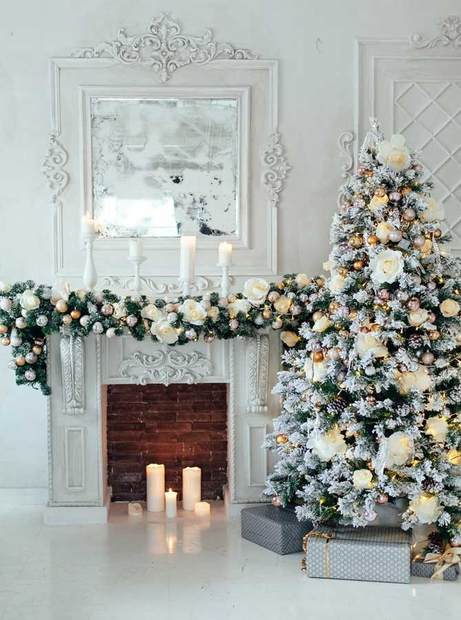 4663 Elegant White Christmas Tree Decorations and Fireplace Backdrop