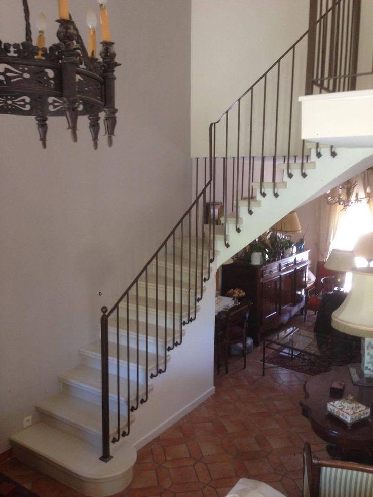 Escalier béton teinté ton pierre  14 tournant  Voûte