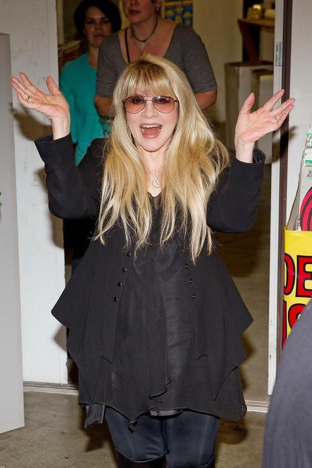 a delightful photo of Stevie ~ ☆♥❤♥☆ ~ somewhere, some time ~ love everything about her here, esp her golden hair
