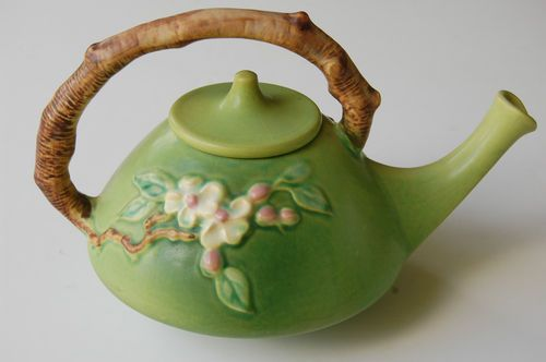 ROSEVILLE Pottery APPLE BLOSSOM TEA POT
