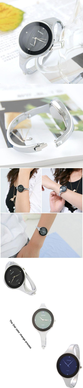 Simple Four Rhinestones Studded Round Dial Quartz Female Watch Black Variable Color - Tmart