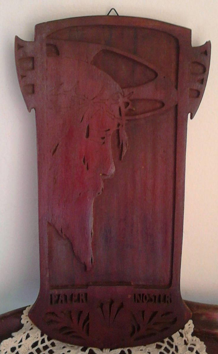Piastra volto di Gesù Cristo in legno realizzata artigianalmente, immagine religiosa, stile Art Nouveau, stile Liberty di VintageTranslate su Etsy