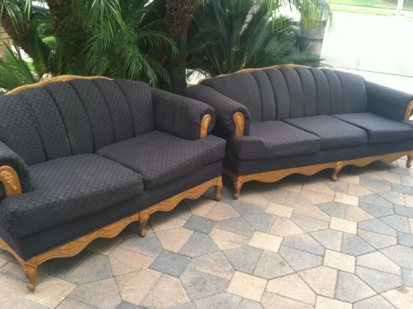 Los angeles blue victorian couch and loveseat 240 http for Victorian furniture los angeles