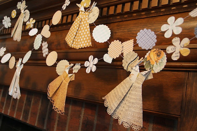 Paper Garland and Paper Origami Dresses: Paper Dressess, Paper Garlands, Muse Paper, Origami Dresses, Creative Muse, Paper Crafts Dresses, Paper Origami, Isa Creative, Origami Style