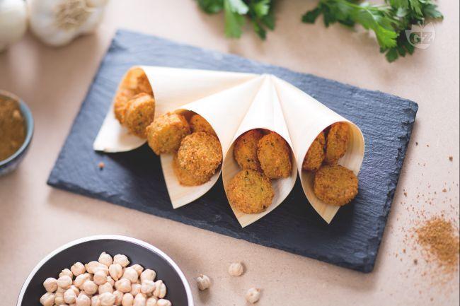 I felafel sono un piatto tipico della tradizione Araba, costituito da polpette…