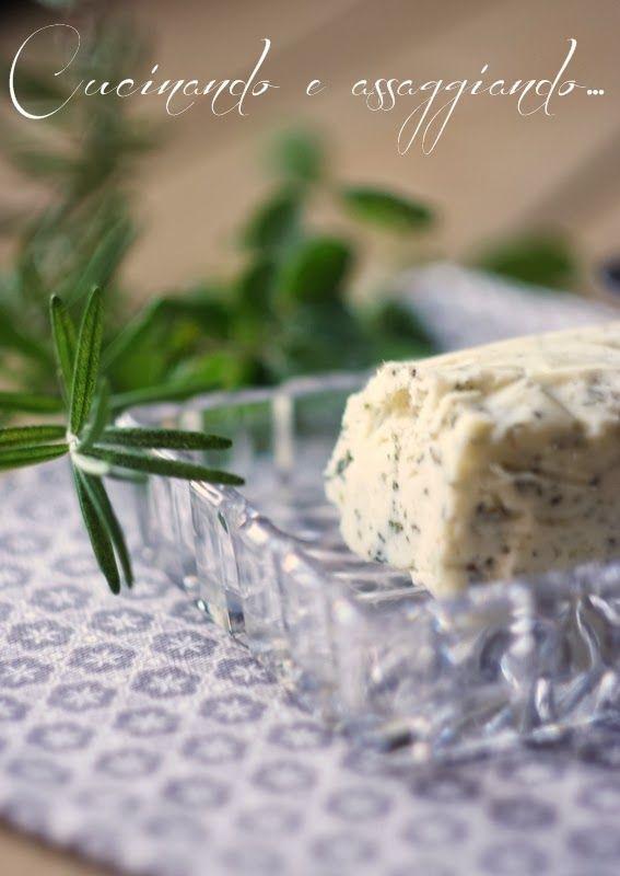 Cucinando e assaggiando...: Burro aromatizzato alle erbe