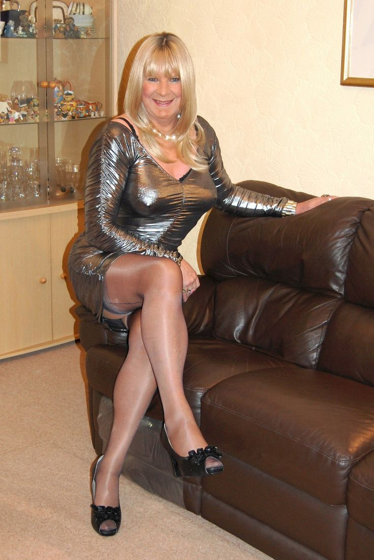 Showing Xxx Images For Outdoor Dogging Crossdressers -2137