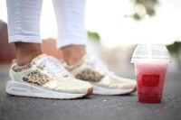Passionate about healthy living. Rehidrate with a Vida e caffe fruit frio. How far will you run for one?