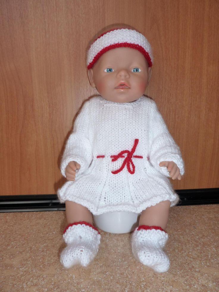 Gebreid jurkje, hoofdband en slofjes Baby Born 43 cm. Patroon Wolly online