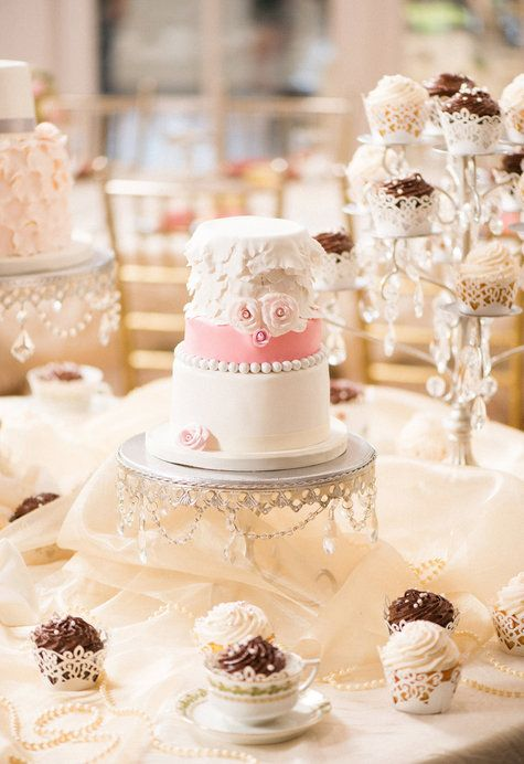 96 best Rustic Vintage Shabby Chic Cakes images on Pinterest ...