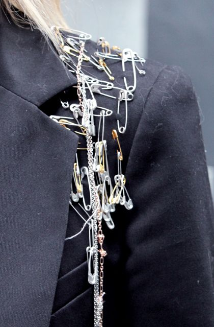 old school punk fashion / DIY safety pins detail