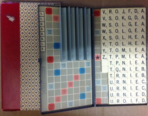 1954-Magnetic-Travel-Scrabble-Complete-tiles-amp-racks-w-sleeve-vintage-game-USA