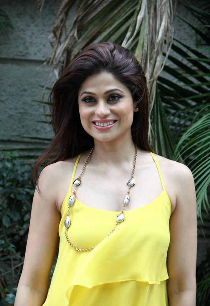 cool Shamita Shetty new Stills Check more at http://cinefames.com/shamita-shetty-new-stills/