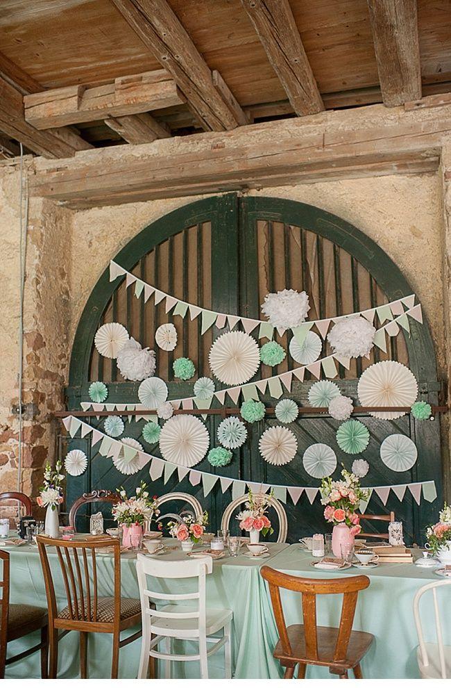 Marta und Daniel, DIY Vintage Hochzeit auf Schloss Bollschweil von Britta Schunck Fotografie - Hochzeitsguide
