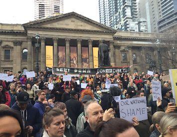 John Passant 1 August 2016, 7:30am 41 PoliticsIndigenous AustraliaDiscriminationHuman rightsLaw 236 1 1  (Image of Melbourne protest via @Utopiana) Turnbull's snap decision to call aRoyal C… https://winstonclose.me/2016/08/02/right-royal-nt-whitewash-by-john-passant/