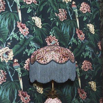 Engelska Tapetmagasinet - blommig - somrig - tapet - mörk - bakgrund - papegoja - tapet- House of Hackney Paradisa Spruce Green