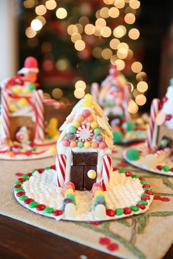 Easy Graham Cracker Gingerbread Houses