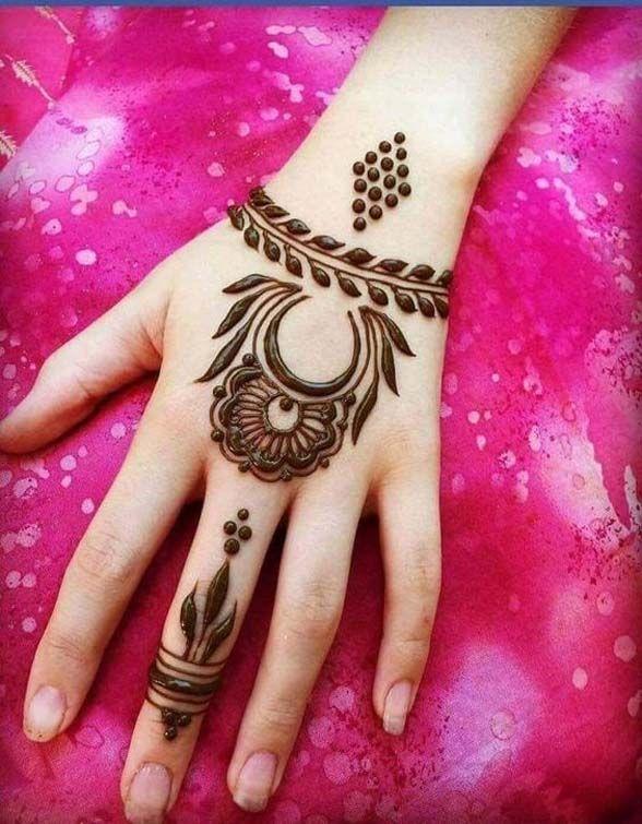 Lovely Henna Design Phoolon Ke Sugand Or Mahandi Ke Methi Mahak
