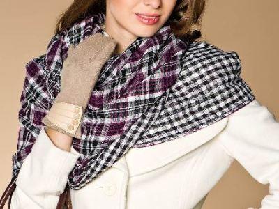 Как завязывать шарф на пальто?