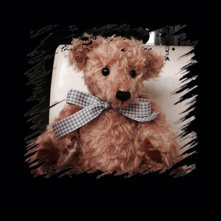 Music bear Jonathan made by me (Esther) 2015. Patron Toos Keuning