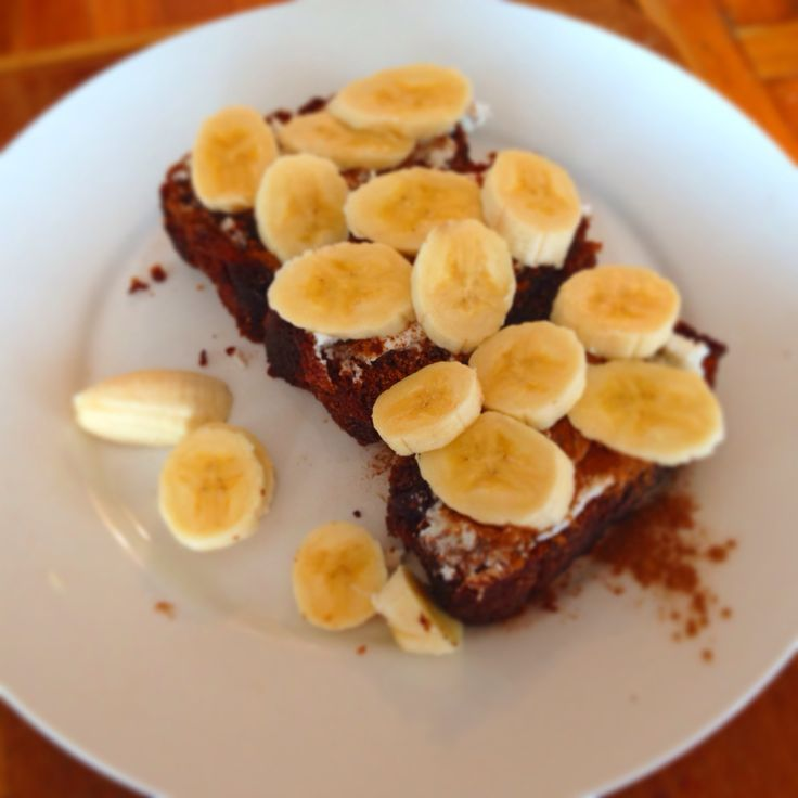 Coconut bread topped with banana, ricotta, raw honey, and organic cinnamon. Great way to refuel or fuel up before or after working out http://www.mckenziesfoods.com.au/recipe/289/Coconut_Bread