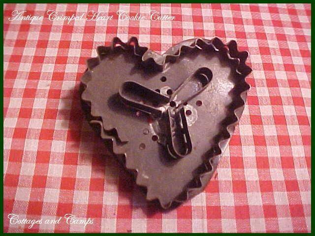 Antique TIN flatback Vtg German PA DUTCH FLOWER in HEART Xmas Cookie Cutter AAFA
