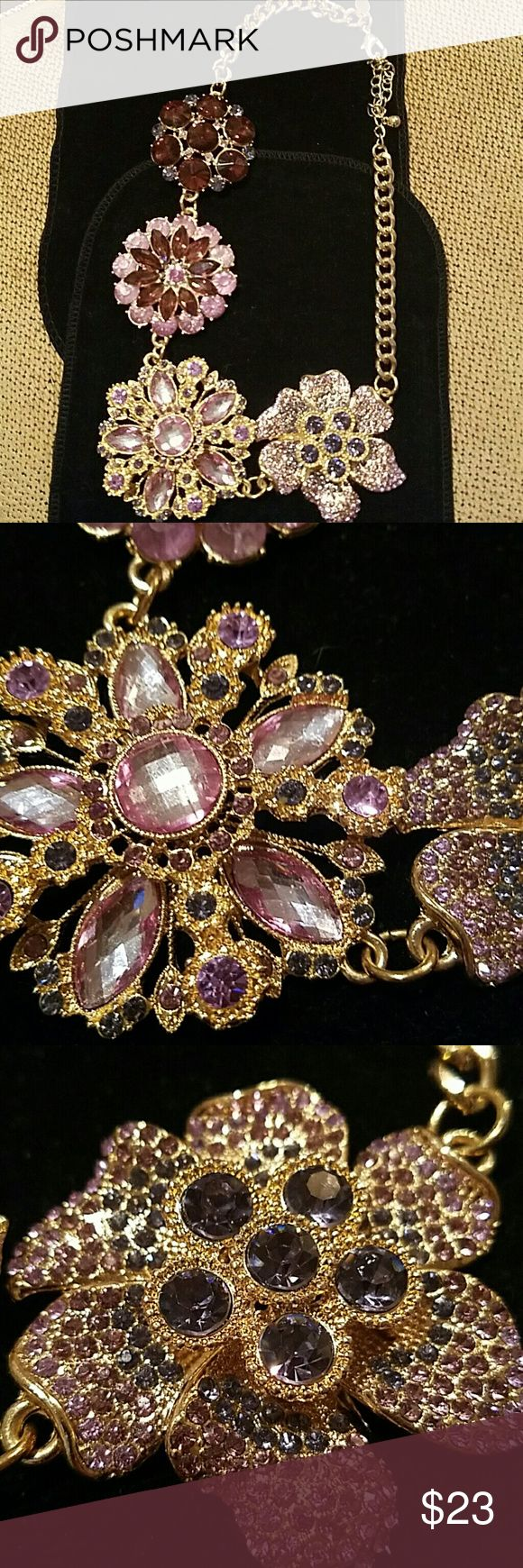 """Fabulous collar necklace Excellent condition.  22"""" beautiful hues of violets Susan graver  Jewelry Necklaces"""
