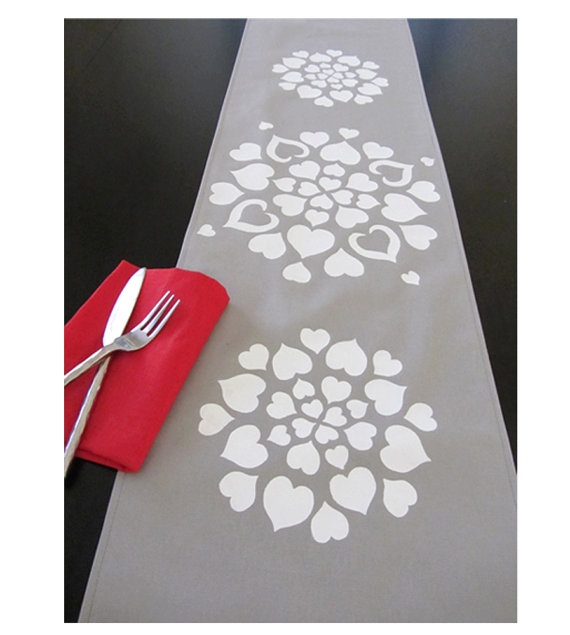 22 best Table Runners images on Pinterest | Embroidery, Table ...