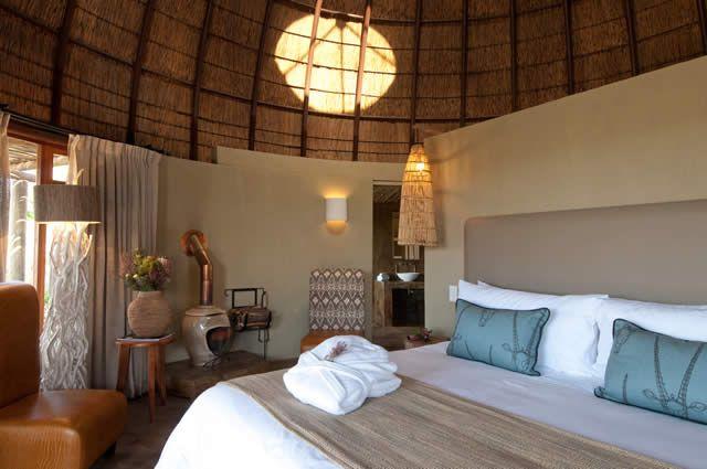 Kwena Lodge Huts