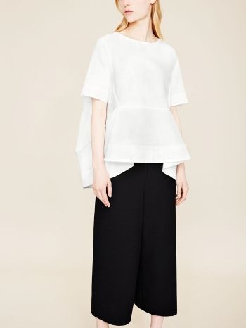 Contemporary Fashion - oversized draped top & cropped trousers // COS