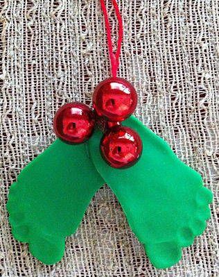 •❈• Mistletoes... such a cute idea!