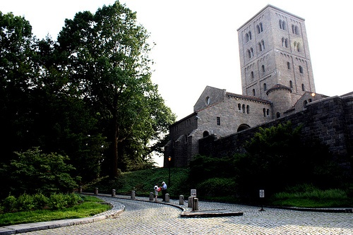 The Cloisters (@Met NY) - A little bit or Europe in the hills of Manhattan
