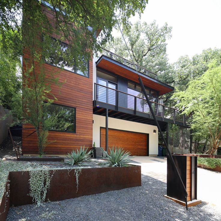 Modern Homes Austin: Before And After: From Salmon-Colored Stucco Home To